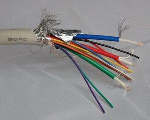 Неисправен кабель питания