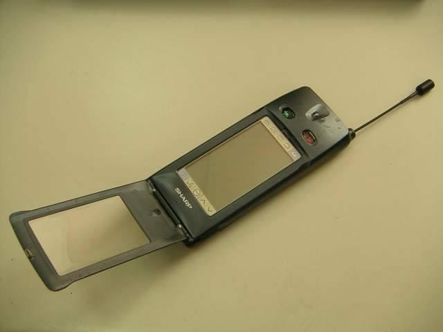 Первый сенсорный телефон